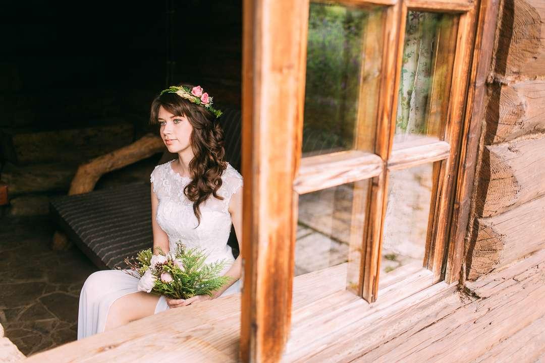 f741c909ca0 После будуарного утра невесты мы пошли устраивать полноценный свадебный  фотосет на территории Таежного