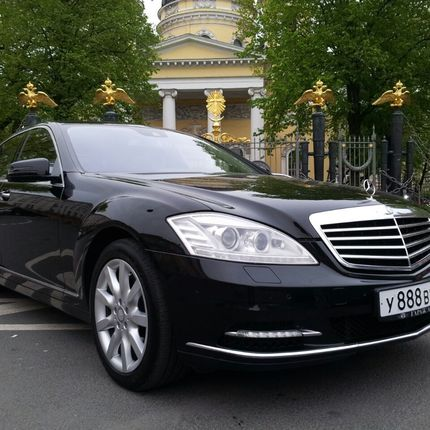 Аренда Mercedes Benz S221 Long черный, цена за 1 час