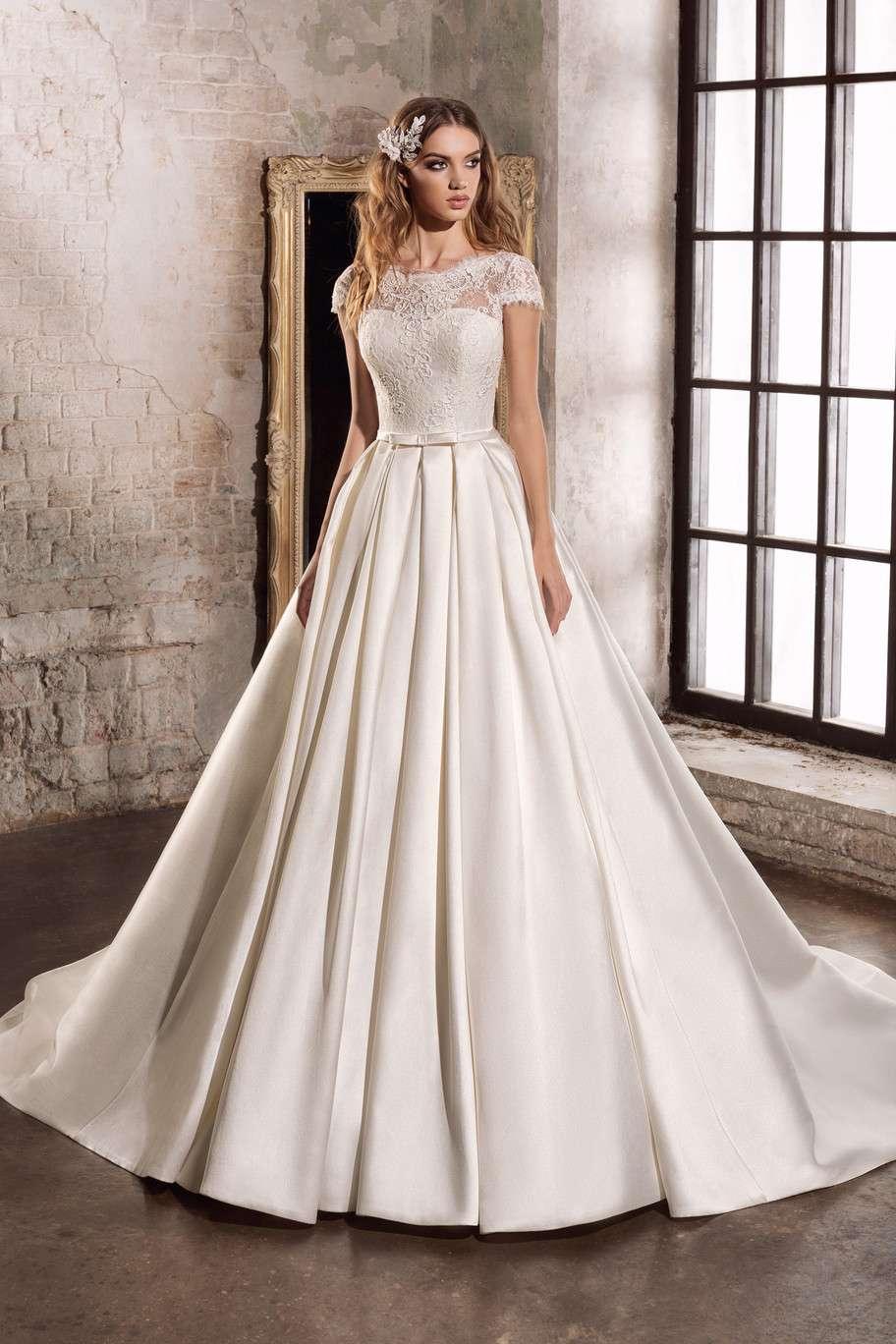 e2ceb92b84c Всегда мечтала о красивом пышном платье. И пока не намерена менять свое  мнение. По ткани нравятся атлас