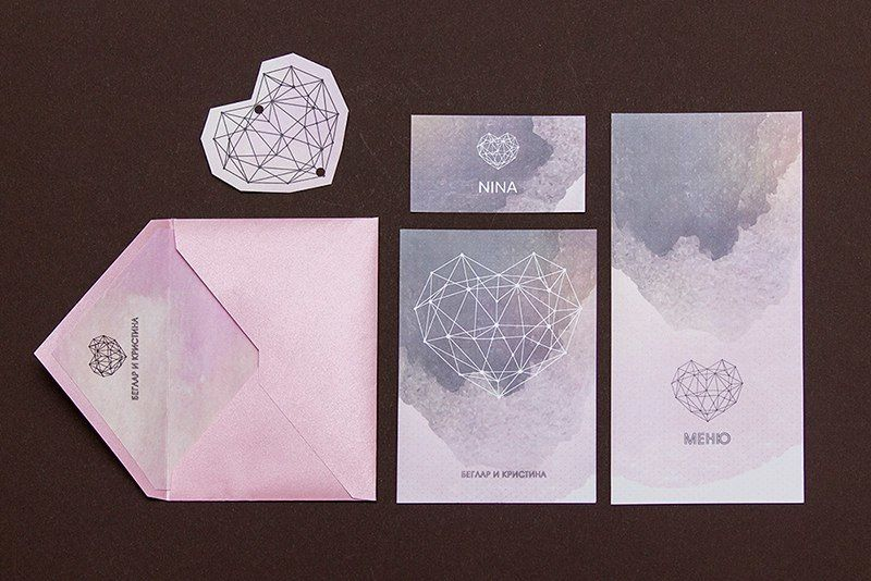 """Конверт из тонкой дизайнерской бумаги серии Stardream. Вкладка и карточка из мелованной бумаги. Карточка двусторонняя Стоимость - 1,10 у.е - фото 12178036 Студия """"Печать"""" - полиграфия"""