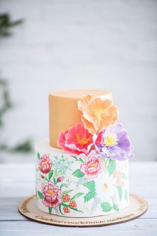 """Торт в сложной технике-акварель ,с композицией из сахарных цветов - фото 13473148 Кондитерская """"Тирамису"""""""