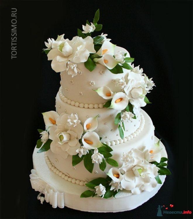 свадебный торт с каллами фото