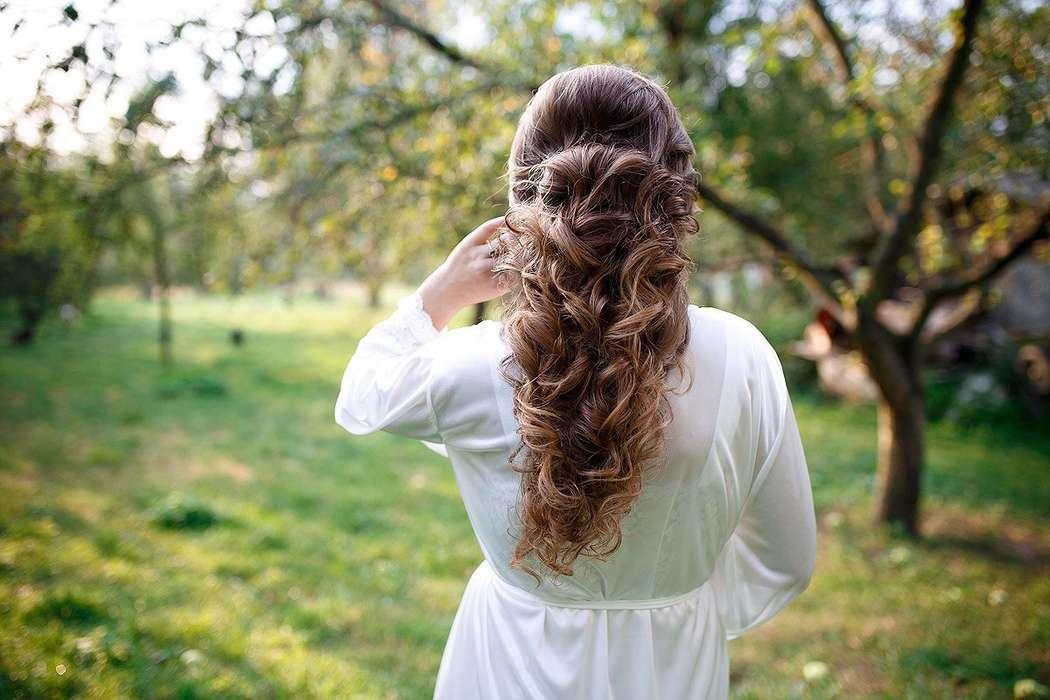 Фото 12993126 в коллекции Свадебные прически - Стилист причёсок Ксения Иващук