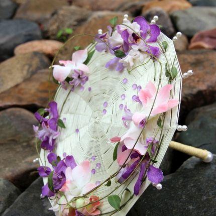 Букет для невесты из фиалок