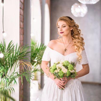 Букет невесты и бутоньрка жениха