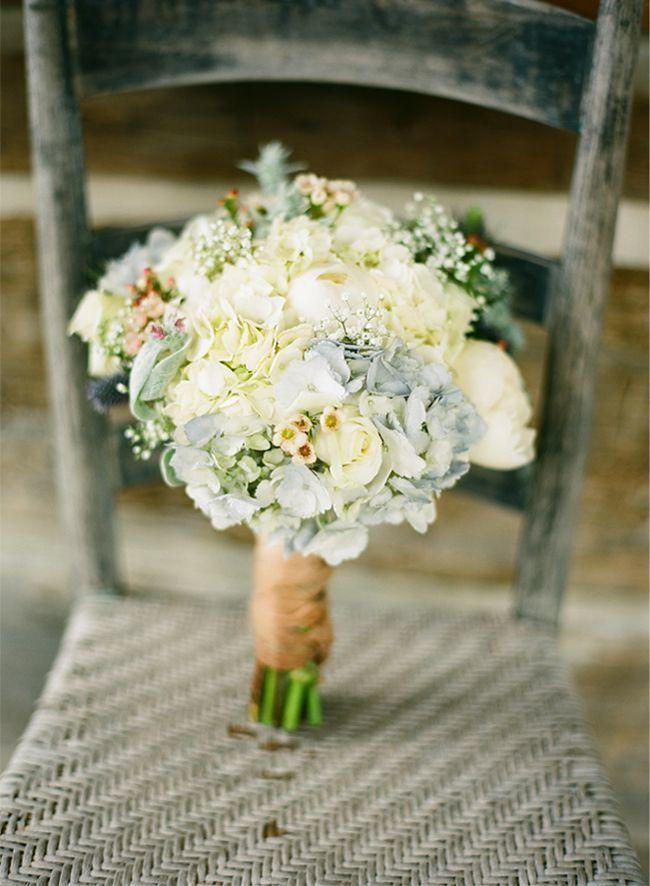 Свадебный букет греческий стиль пионы, цветы официальный