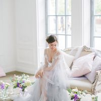 утро невесты, красивое утро невесты, нежный букет, сиреневый декор, сиреневые цветы, будуарное платье