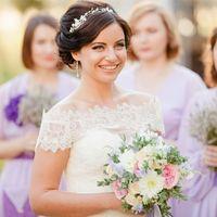 счастливая невеста, букет невесты, свадьба прованс, букет прованс, выездная регистрация, выездная церемония, подружки невесты,
