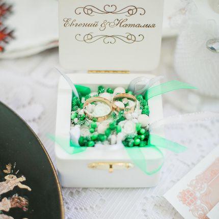 Шкатулка для колец с цветочным декором