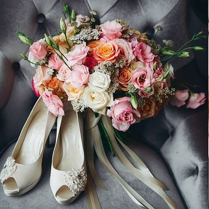 Букет невесты из роз 5 сортов
