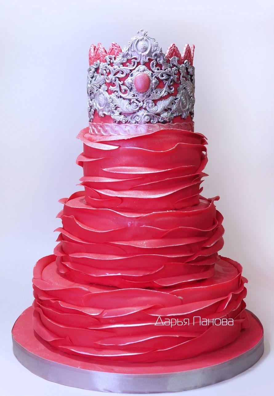 Свадебный торт с короной, цена за 1 кг