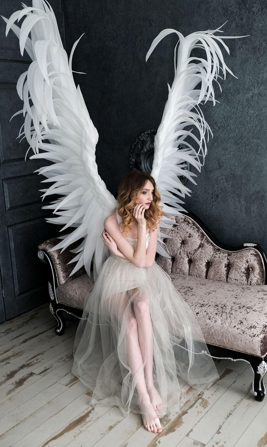 это фотосессия с крыльями ангела в студии москва интересно, чистом виде
