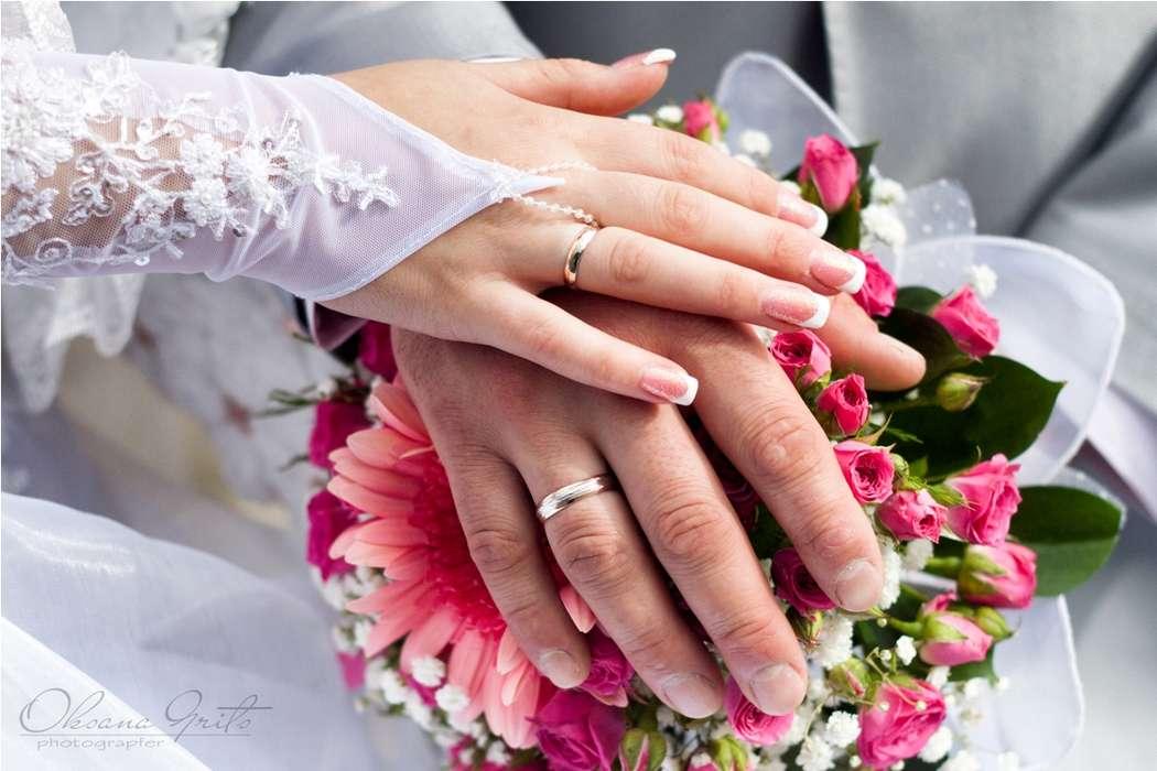 Свадебные фото рук с кольцами