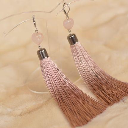 Пудровые серьги - кисти с розовым кварцем  ′Сердце камня′