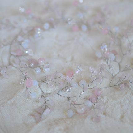 """Свадебная веточка с розовым кварцем """"Облака"""""""
