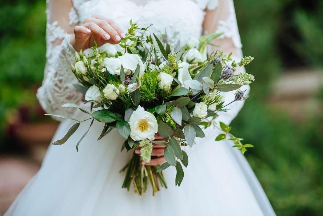 """Фото 15287522 в коллекции Свадебный букет. Букет невесты - Сеть флористических салонов """"Букетная мастерская"""""""