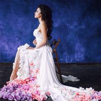 Аренда платья 2 000 руб, платье находится в студии LEONA, тут с топом белым, размер топа 40-44, юбка безразмерная! Обращайтесь к Оливии   поможет вам с образом!