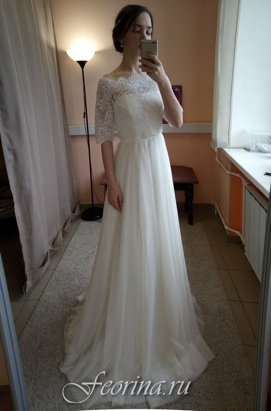 Свадебное платье: Камилла Платье + Болеро Ткань:  кружево , евросетка. Цвет: молоко Цена: 20500 Это платье на сайте: - фото 17034806 Свадебный салон Feorina