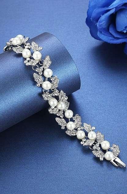 Зое  Цена: 1300 Этот товар на сайте:  - фото 17036222 Свадебный салон Feorina