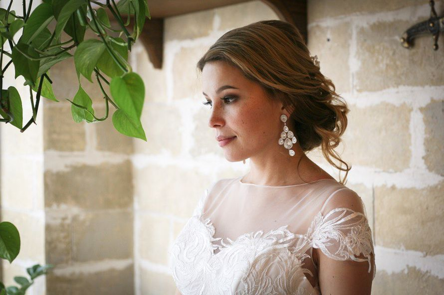 Невеста Настенька Макияж и прическа я - фото 16551546 Стилист Екатерина Харченко