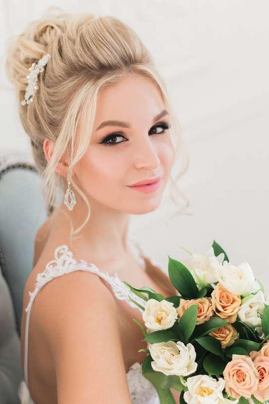Фото 17070318 в коллекции Мои невесты 2016-2019 - Стилист Екатерина Харченко