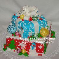Новогодний торт с шарами, 4,7кг, внутри чизкейк рафаэлло