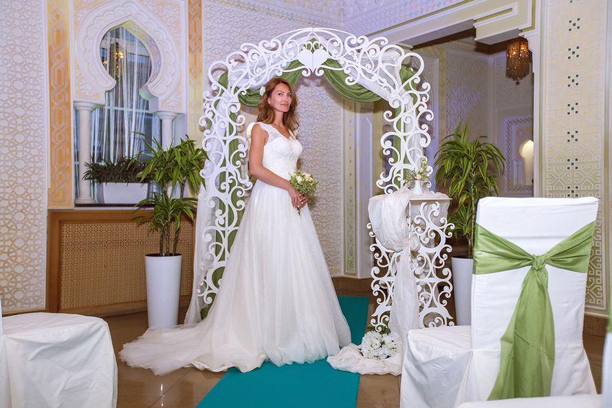 Ажурная арка и столик в аренду