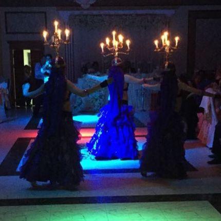 Шамадан - восточный танец с канделябром