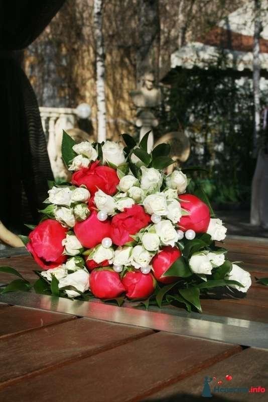 Букет невесты. Пионы и белые кустовые розы.  - фото 91713 Вашкетова Юлия - организатор свадеб, флорист.