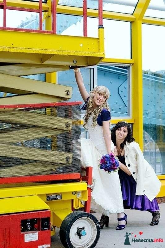 Фото 102496 в коллекции Портфолио. Прогулка с Наташей. 30.04.2010 - Вашкетова Юлия - организатор свадеб, флорист.