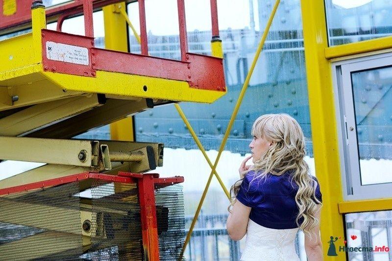 Фото 102499 в коллекции Портфолио. Прогулка с Наташей. 30.04.2010 - Вашкетова Юлия - организатор свадеб, флорист.