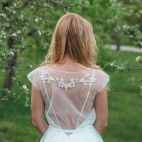 Свадебное платье: Мильтония. Дизайнеры: Александра Примера и Людмила Одайник.