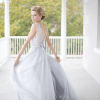 Свадебное платье: Лобелия. Дизайнеры: Светлана Русецкая и Карина Буланенко. Фотограф: Kelly Anne.