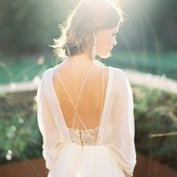 Свадебное платье: Мелита. Дизайнеры: Светлана Русецкая и Карина Буланенко. Фотограф: Слава Мишура.