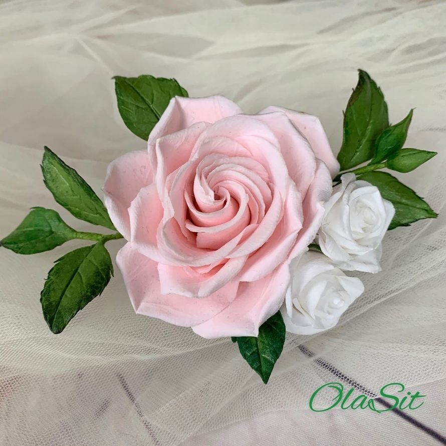 Шпилька с цветами