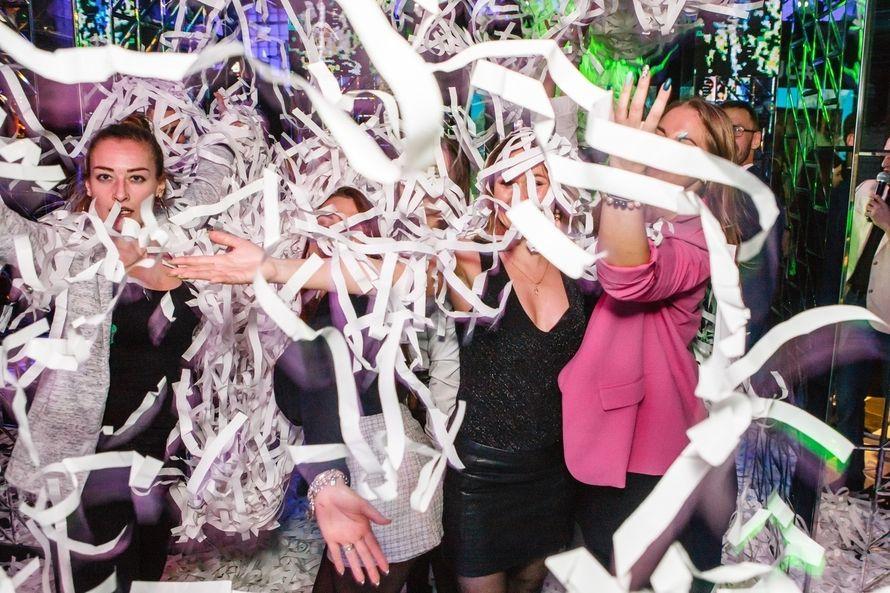 "Фото 18356082 в коллекции Бумажное шоу|ТЮМЕНЬ - Бумажное шоу ""Euphoria"" - шоу конфетти"