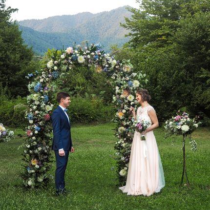 Организация свадьбы в горном лесу в Кахетии