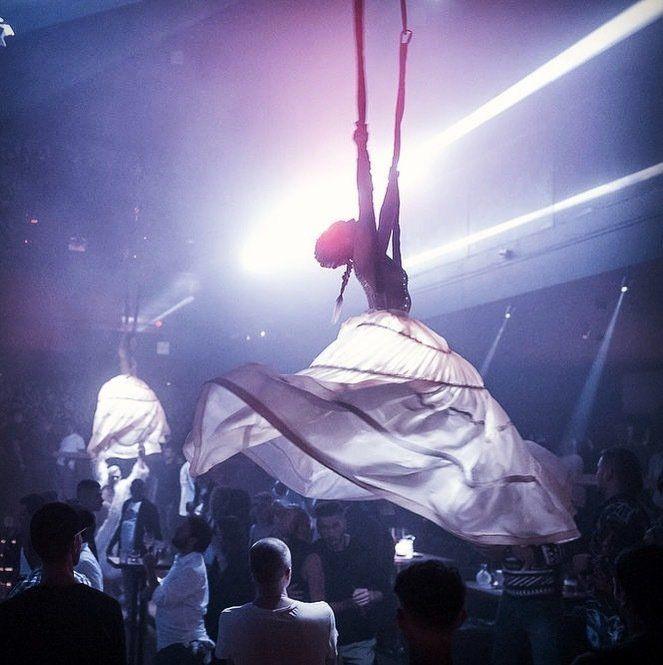 Гимнастическое выступление воздушные юбки Феникс
