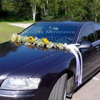 Украшение автомобиля цветами
