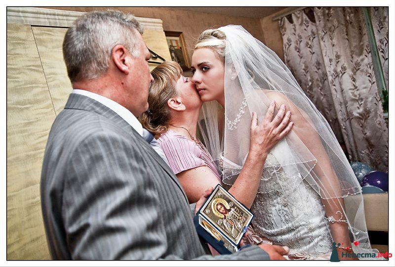 Фото 110095 в коллекции Свадебные фотографии лето 2010 - Фотограф Вилена Экон