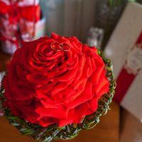 Гламелия из лепестков розы