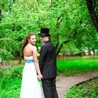 Нежное свадебное платье в пол из шифона-крэш