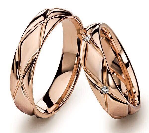 """Обручальные кольца """"Геометрия"""" с 3-я бриллиантами. На заказ"""
