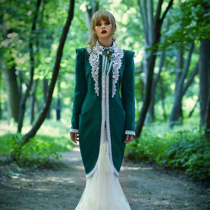 """Пальто для невесты """"Изумруд Катарины"""""""