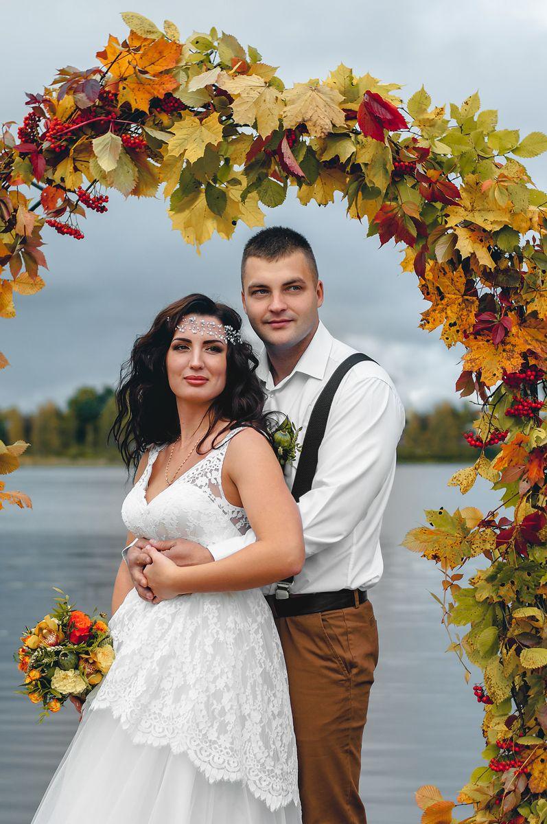 Планируешь свадьбу в 2018 году? Не знаешь как выбрать букет невесты? Я рада тебе в этом помочь!!! С огромным удовольствием создам букет твоей мечты!  Осенний букет и сопровождение фотосессии для прекрасной невесты Марии. - фото 16949220 Флорист Anna Zverkova