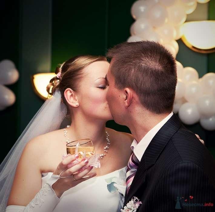 Фото 52920 в коллекции Свадебные фотографии - Невеста01