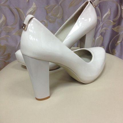Свадебные туфли на устойчивом каблуке