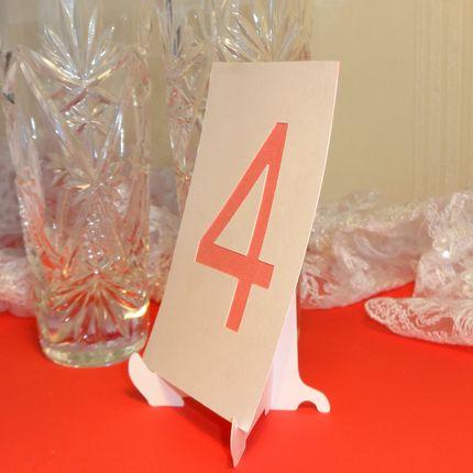 Номер для стола на подставке