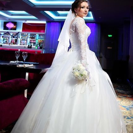 Свадебное платье кружевное пышное
