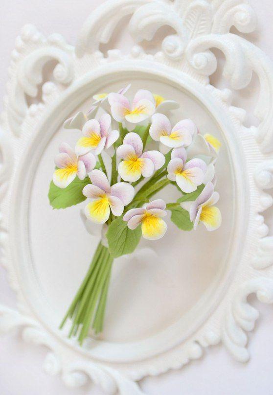 """Мини-букет из лесных фиалок для подружек невесты. - фото 2520827 Ателье цветов """"Блюмен"""""""
